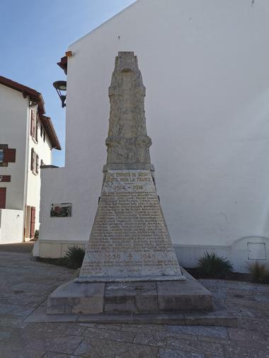 Monument-aux-morts--1-