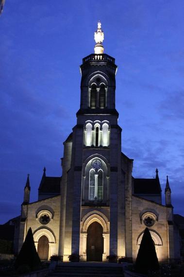 Abbaye de Maylis - Eglise Notre Dame de nuit