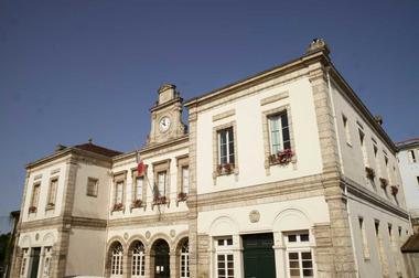 Mairie - Bastide de Montfort-en-Chalosse