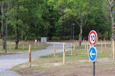 CASTETS-Aire-de-Camping-cars-Ext1