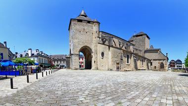 Cathedrale-Sainte-Marie-panoramique-II-OLORON-SAINTE-MARIE-FERNANDEZ-NICOLAS-DI