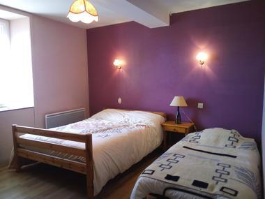 Chambres pèlerin maison Hourcade - 64390 Osserain (2)