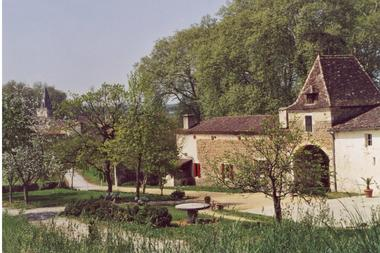 Chateau Amou I