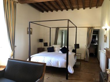 Chateau-de-Porthos-dartagnan-chambre-LANNE-EN-BARETOUS