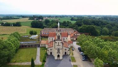 Eglise de Maylis