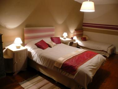 Gite Aberou - chambre 3 (Maryse Sabalot)