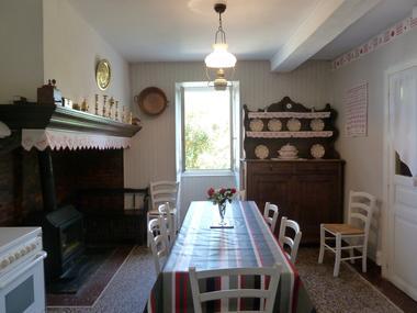 Gite Aberou - cuisine 1 (Maryse Sabalot)