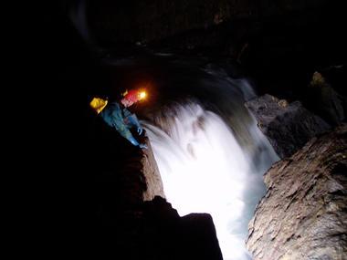 Grotte de la Verna_rivière_Sainte Engrâce