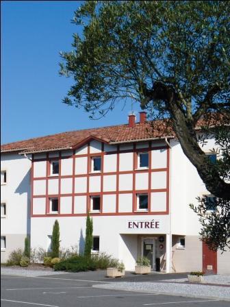 Hôtel Les Bruyères ext