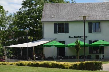 Loft café - Terrasse (Office de Tourisme du Haut Béarn)