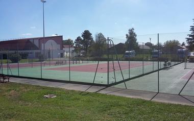 Tennis Club Sauveterre 1440x900.