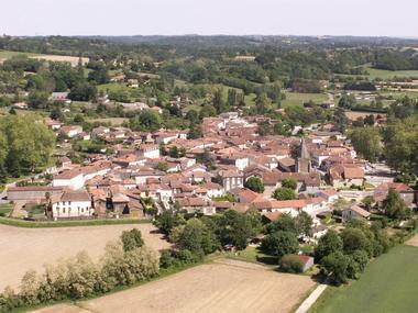 Village Amou vu du ciel
