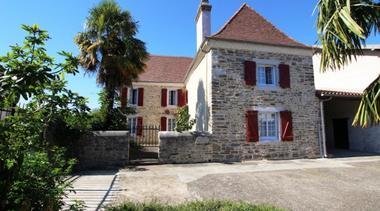 maison-abadie-giscarde-osserain