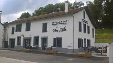 Chez Zélie façade - OT Haut Bearn