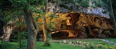 grottes_de_Sare_porche