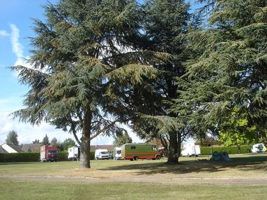 Camping Municipal Les Chataîgniers - Montmirail