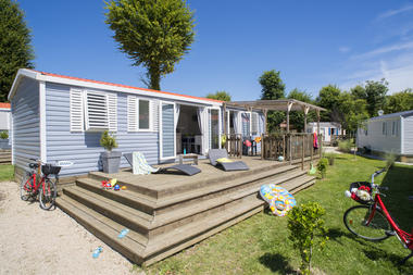 Camping-Yelloh-en-Champagne-Eclaron-Cottage-6-personnes
