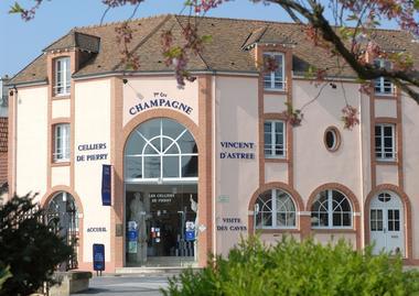Champagne Vincent d'Astrée  Les Celliers de Pierry - Pierry