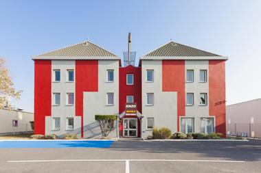 Enzo-Hotel---Saint-Martin-sur-le-Pre