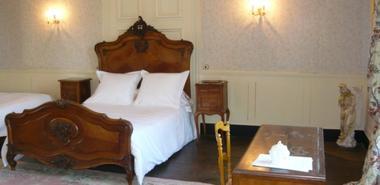 """Hôtel """"Château de Mairy"""""""