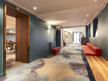 Hôtel Kyriad Reims Spa Centre