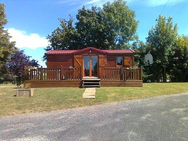 Camping La Croix Badeau - un de nos locatifs