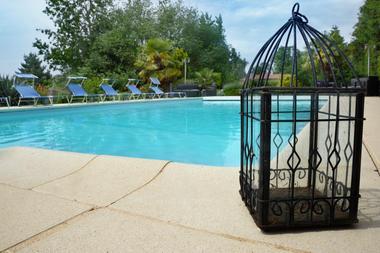 L'Abri Côtier - piscine des gîtes du bonheur