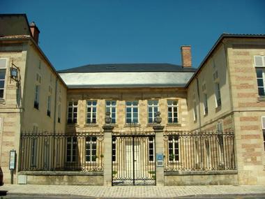musée-médiathèque-cyberbase1_1