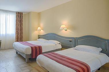 hotel-le-saint-nicolas-chambre-4