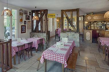 hotel-restaurant-le-tadorne-galerie-bar2