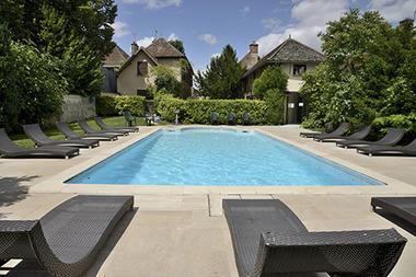 hotel-restaurant-le-tadorne-galerie-piscine