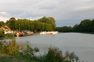 Relais nautique / Capitainerie - Mareuil sur Aÿ