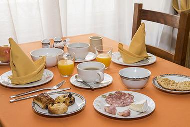 petit-dejeuner-hotel-le-saint-nicolas-4