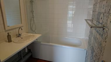 salle-de-bain---Bienvenue-a-la-casa---T3