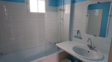 Salle de bain - Bienvenue à la casa T4