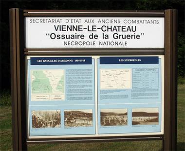 Photo © Jean-Pierre Husson, « Histoire et mémoires », CNDP-CRDP de Champagne-Ardenne