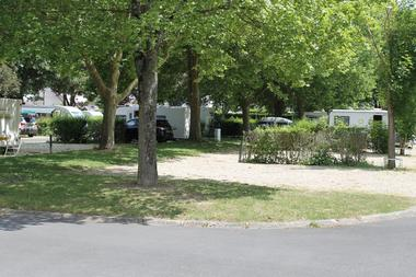 camping-chalons-en-champagne-emplacement