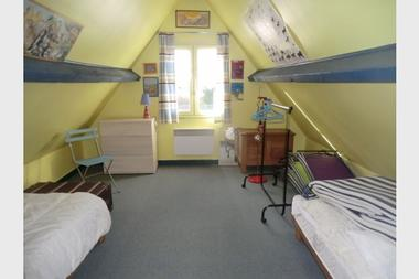 location-de-vacances-chaumiere-parc-naturel-regional-de-briere-chambre-des-enfants-mezzanine-985083