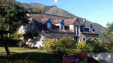 exterieur-centieu-salles-HautesPyrenees (1)