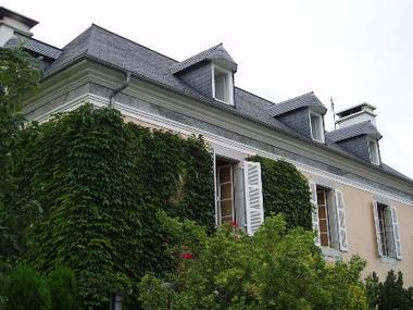 facade2-chambred'hotemaisonbellocq-ayzacost-HautesPyrenees.jpg