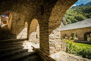Abbaye Saint Martin du Canigou-Casteil_6