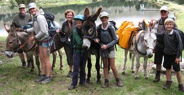 Altipyr rando Pyrenees anes en famille