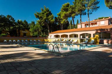 Domaine des Mimosas piscine 2