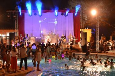 Soirée concert piscine camping argeles