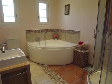 bord salle de bains