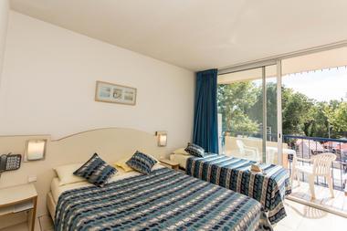 hotel-centre-plage---argeles-sur-mer---double et lit sup 1