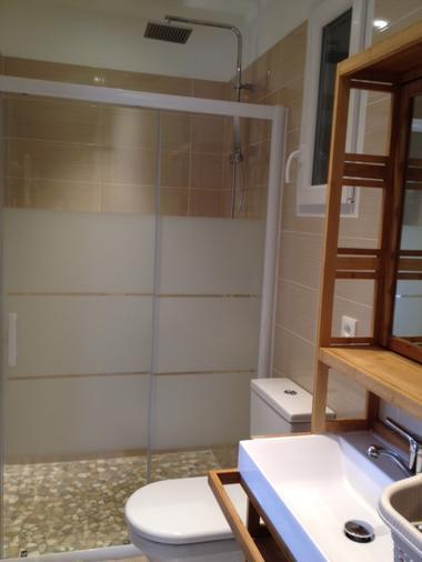 6 Maisonnette salle eau