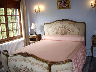 Luneray -  Les Hortensias - Chambres (4) - Mme Suzanne