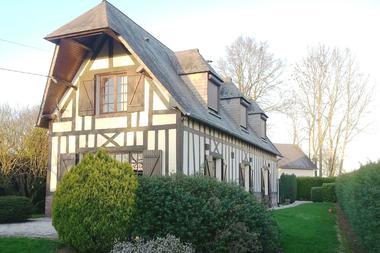 Saint Maclou de Folleville - L'instant Normand - Façade