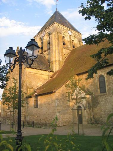 Eglise Bazouges-août07-1